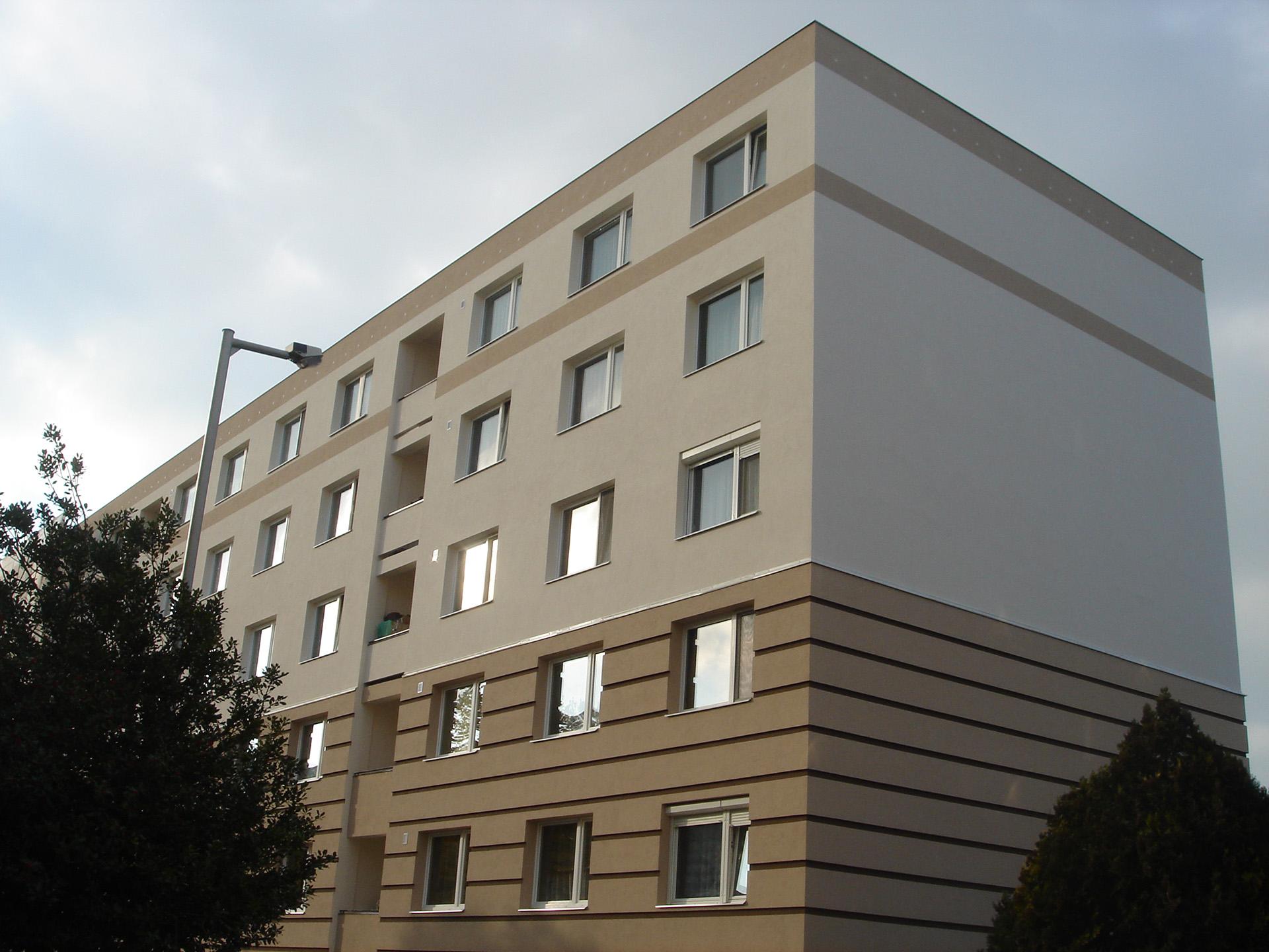 Móra Ferenc út 23-29.